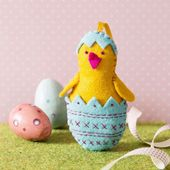 Corinne Lapierre - Chick in Egg Felt Craft Mini Kit